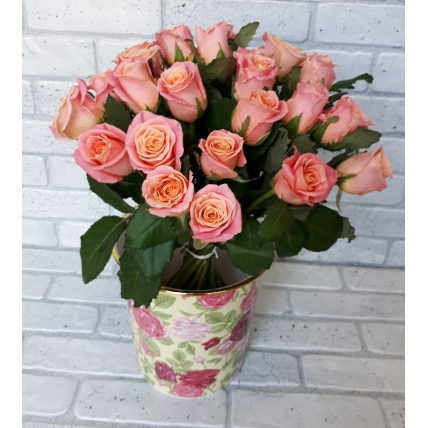 "25 роз ""Мисс пигги"""